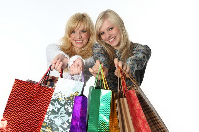 Le retail : vente au détail et vente en ligne